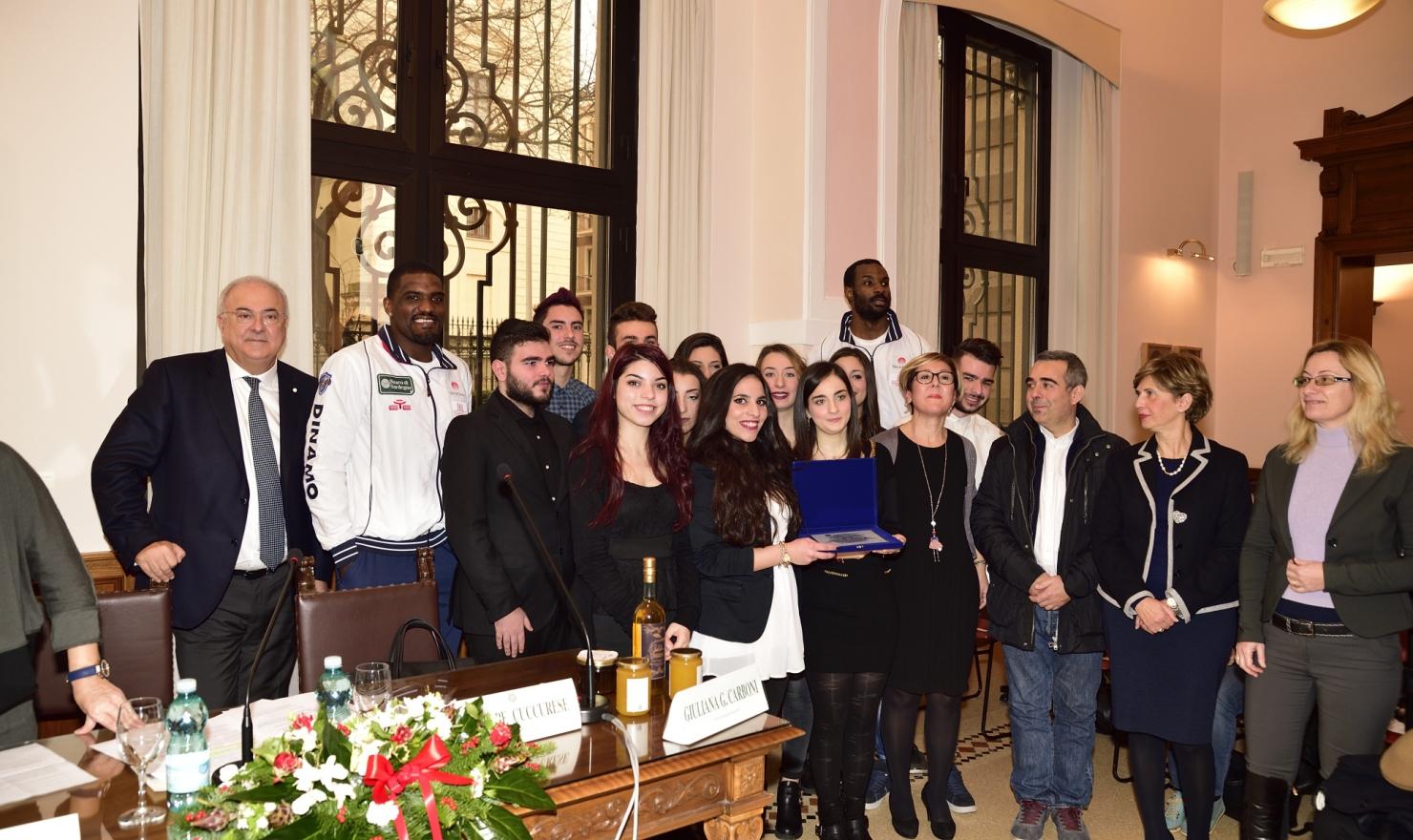 Banco Di Sardegna Lavoro Offerte : I giganti alla premiazione del concorso u cil banco di sardegna per