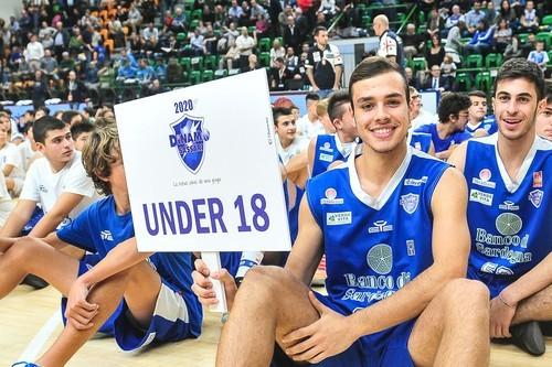 Under 18 - Dinamo A